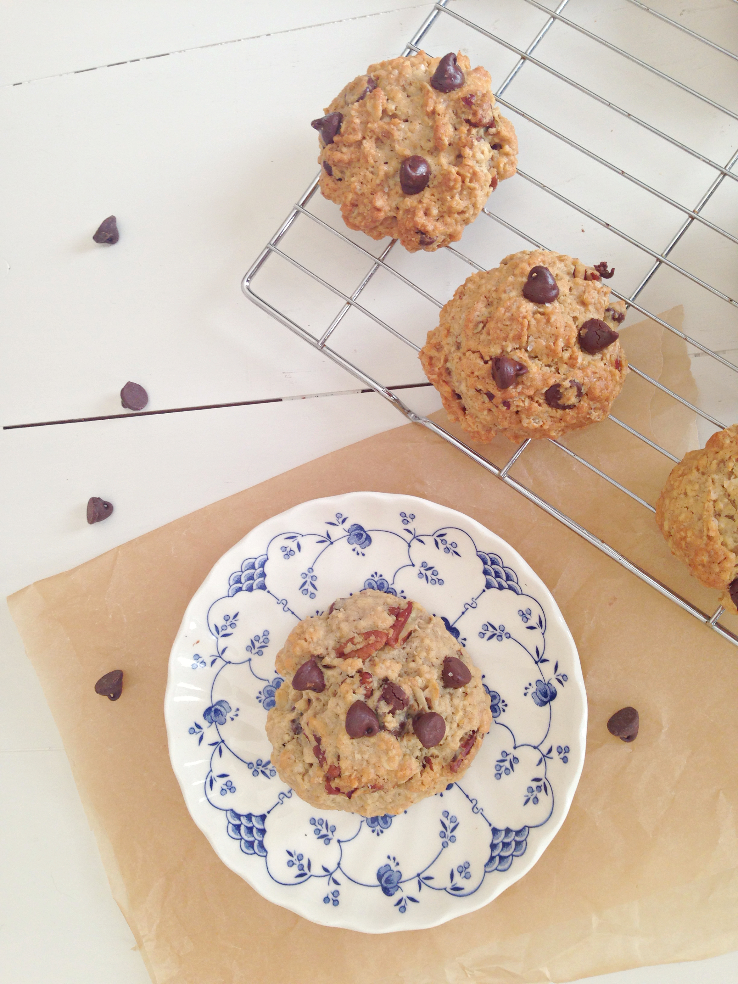 Oatmeal Pecan Chocolate Chip Cookies by @mskerryedwards - find the easy recipe at kerrycooks.com!